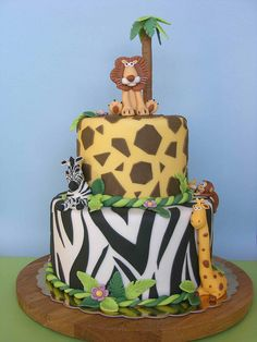 cake Where can I find someone who can do this?Where can I find someone who can do this? Jungle Birthday Cakes, Jungle Theme Cakes, Safari Cakes, Safari Birthday Party, 2nd Birthday, Torta Animal Print, Safari Jungle, Jungle Party, Safari Theme
