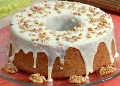 Aprenda a preparar bolo natalino de nozes com esta excelente e fácil receita. Este bolo de nozes simples e sem lactose é perfeito para o Natal, sobretudo se você...