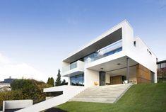 sommerbakken1 Stavanger, Home Fashion, Bauhaus, Modern Architecture, Interior And Exterior, House Ideas, Villa, Mansions, House Styles