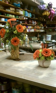 Over the top centerpieces sports themed weddings sports themed baseball theme centerpieces junglespirit Images