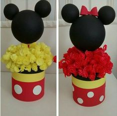 Minnie and Mickey centerpiece Mickey Mouse Crafts, Fiesta Mickey Mouse, Mickey Mouse Baby Shower, Mickey Mouse Parties, Mickey Minnie Mouse, Mickey Party, Mickey First Birthday, Mickey 1st Birthdays, Mickey Mouse Clubhouse Birthday Party