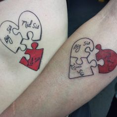 We separated some for you to inspire and eternizarem skin this relationship! Three Sister Tattoos, Siblings Tattoo For 3, Tattoos For Daughters, Tattoos For 3 Sisters, 3 Best Friend Tattoos, Tattoo Sister, Puzzle Tattoos, Group Tattoos, Family Tattoos