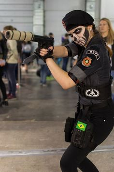 Rainbow Six Siege cosplay - This strategies was post at by Rainbow Six Siege cosplay Down Rainbow Six Siege Art, Rainbow 6 Seige, Rainbow Six Siege Memes, Tom Clancy's Rainbow Six, Caveira Rainbow Six Siege, Military Special Forces, Female Soldier, Military Women, Cosplay Costumes