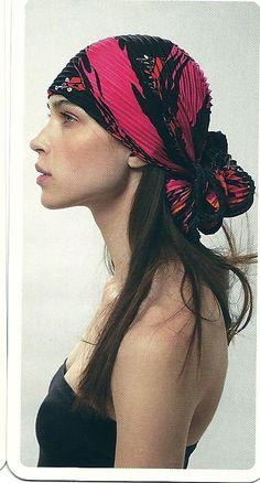 a629589bf151 89 best Habille ta tête images on Pinterest   Head scarfs, Turbans ...