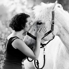 As a photographer I get to witness some truly wonderful beings.  #horsephotography #equinephotography #horses #love #connection #ponies #horsesofinstagram #poniesifinstagram #petportrait #portrait #portraitphotography #horseportrait #peoplewiththeirpets