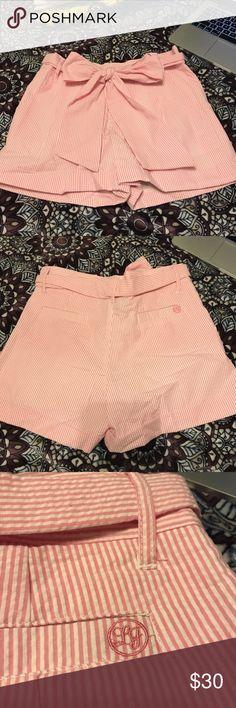 Lauren James Co. pink seersucker shorts Beautiful pink seersucker bow tie shorts! Size extra small, never worn! Offers welcome lauren james co Shorts