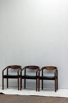 Vintage styled quality chairs ITCHBAN.com // Architecture, Living Space & Furniture Inspiration #07