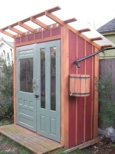 Shed with Rain Bucket outdoor-ideas-for-the-home Potting Sheds, Potting Benches, Small Gardens, Outdoor Gardens, Sauna House, Greenhouse Shed, Outdoor Sauna, Wood Shed, Cold Frame