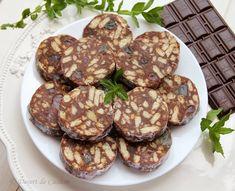 Salam de biscuiti - Desert de Casa.ro - Maria Popa Biscuit, Food, Cake Ideas, Essen, Meals, Crackers, Yemek, Biscuits, Eten