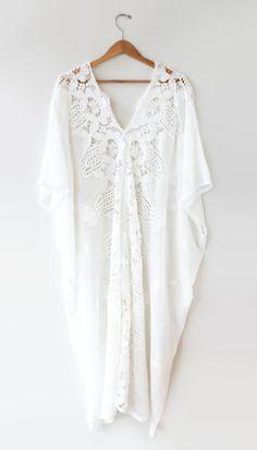 Abejas - Kimono Lace Dress $698 Amazing dress!!!