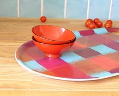 With this wood-and-fabric serving tray, presentation is everything. #etsyfinds