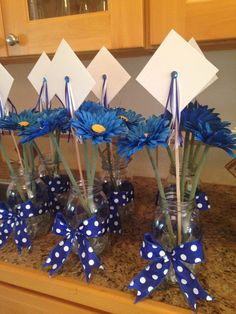Graduation Party Planning, Graduation 2016, College Graduation Parties, Graduation Decorations, Grad Parties, Graduation Centerpiece, Graduation Ideas, Graduation Cookies, Music Notes Decorations