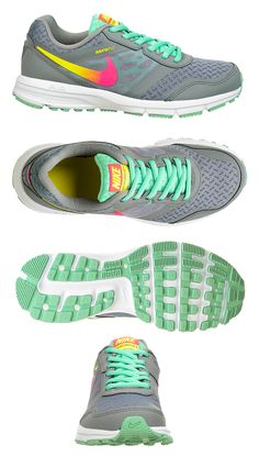 The cool details on the Nike Relentless will have you lookin' good while going the extra mile!