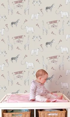 Love this wallpaper for a nursery