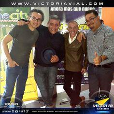 """Carlos Malavé, YonCarlo Medina, William Goite y nuestro David Vera Matute de @AlgoDeCine en el #CineForo de """"La Casa del Fin de los Tiempos""""."""