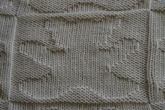 Risultati immagini per point tricot couverture bebe Tricot D'art, Knit Art, Crochet Handbags, Bear Cubs, Baby Knitting, Alphabet, Projects To Try, Blanket, Blog
