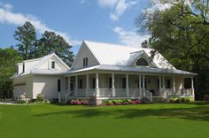 Small Country Homes | Beautiful White Country Home Designs Large Lawn Small Garden ~ perfect, just for moi!