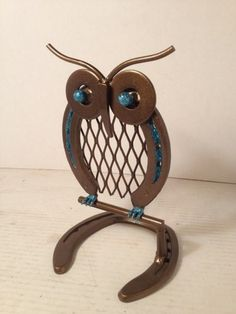 Metal Owl on Perch made from Horseshoes and scrap metal | AmericanMetalArt – Metal Craft on ArtFire