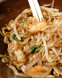 """150 Calorie Shrimp & Bean Sprouts- good for those Chinese food cravings""...good idea. These mung bean sprouts are good. Replace shrimp with broccoli or tofu or something, replace soy with Bragg's Liquid Aminos and we're there!"