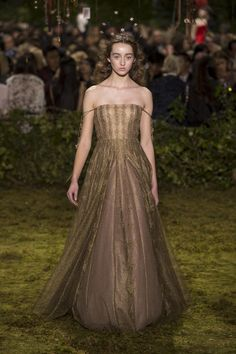 Dior Haute Couture Taps into a Whimsical, Witchy Fairy Tale for Spring - Fashionista