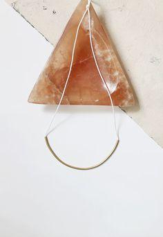 diy brass curve necklace