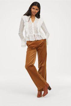 Pantalon en velours côtelé - Camel - FEMME   H M FR 2 Fall Winter Outfits, c1a4003b406