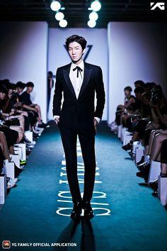 Lee Seunghoon - Winner 2014 S/S Debut