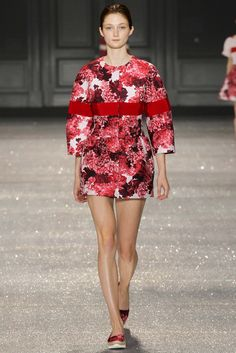 Moncler Gamme Rouge Spring 2015 Ready-to-Wear - Collection - Gallery - Look 1 - Style.com