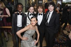 Inside the Golden Globes: Caleb McLaughlin, Noah Schnapp, Gaten Matarazzo, Finn Wolfhard, and Millie Bobby Brown Stranger Things Actors, Stranger Things Aesthetic, Millie Bobby Brown, Chris Evans, Golden Globe Awards 2017, Golden Globes, Celebs, Celebrities, Actors & Actresses
