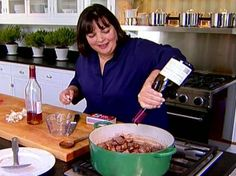 Beef Bourguignon by Ina Garten. Instead of cooking this on top of the stove like most beef bourguignon and fiddling with the heat, Ina cooks it at 250 degrees in the oven for 1 hr & 15 minutes Beef Bourguignonne, Bourguignon Recipe, Ina Garten Beef Bourguignon, Beef Bourguignon Barefoot Contessa, Meat Recipes, Cooking Recipes, Kabob Recipes, Fondue Recipes, Gastronomia