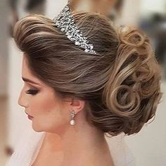 Wedding hairstyles inspiration up dos. Bride Hairstyles, Headband Hairstyles, Hair Up Styles, Wedding Hair Inspiration, Wedding Hair Pieces, Different Hairstyles, Her Hair, Bridal Hair, Marie