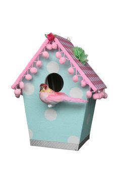 Op zoek naar een Wandlampje Vogelhuis Mint? Bij Saartje Prum vind je de leukste Wandlampjes voor de kinderkamer.