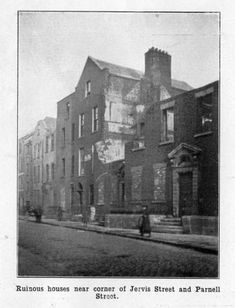 Dublin Street, Dublin City, Old Pictures, Old Photos, Irish Independence, Dublin House, Photo Engraving, School Memories, City Council