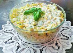 Makaronowa sałatka z dipem bazyliowo - czosnkowym