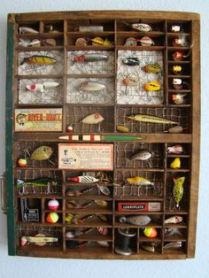 An old printers drawer was the perfect match for some of Grandpa's lures - Fishing Lures Fishing Bedroom, Printers Drawer, Vintage Fishing Lures, Fishing Lure Decor, Lake Decor, Fish Crafts, Fish Camp, Shadow Box, Rustic Decor