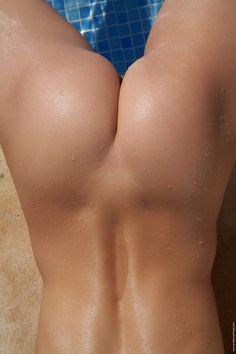 Magnifique femme mre gros seins qui prend plaisir s
