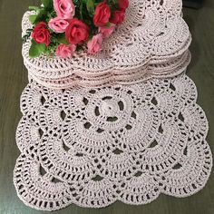 Why does an interior design website needs search engine marketing - Crochet Filet Afghan Crochet Patterns, Crochet Squares, Crochet Doilies, Crochet Stitches, Knitting Patterns, Crochet Home, Knit Crochet, Interior Design Website, Pineapple Design
