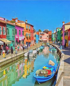 Awesome colors of Burano, Venice! #venice #italy #travel