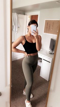 VSCO - maggie-macdonald Best Picture For sporty outfits men For Your Taste You are looking for somet Athletic Outfits, Athletic Wear, Sport Outfits, Trendy Outfits, Summer Outfits, Cute Outfits, Fashion Outfits, Womens Fashion, Athletic Clothes