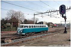 VW T1 railbus Vw T1, Volkswagen, Steam Toys, Milwaukee Road, Rail Car, Old Trains, Steam Engine, Campervan, Locomotive