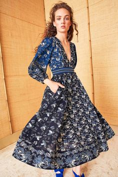 See the complete Ulla Johnson Resort 2018 collection.