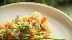 Orge aux légumes racines - Recettes - À la di Stasio Quebec, Couscous, Rice Grain, Vegetable Sides, Lunches And Dinners, Zucchini, Grains, Vegetables, Cooking