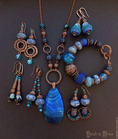 """Купить Серьги """"Внутреннее море"""" - керамика, чешское стекло, хрусталь - цвет морской волны, роса"""