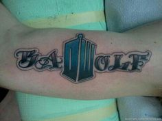 Doctor who bad wolf tattoo like the concept Bad Wolf Tattoo, Sick Tattoo, Tattoo Skin, Get A Tattoo, Weird Tattoos, Great Tattoos, Unique Tattoos, Beautiful Tattoos, New Tattoos