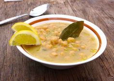 Greek Chickpea soup recipe (Revithia) - Fascinating! This would be fun to try in the cold weather.