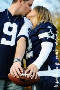 Football themed engagement pics :-) she picked the right team to wear :p