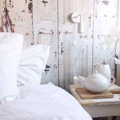 Love the wallpaper www. Caravan Inside, Home Wallpaper, Master Bedroom, Bed Pillows, Sweet Home, New Homes, Flooring, Interior, Inspiration
