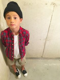 tokyonhさんのコーディネート Toddler Boy Fashion, Little Boy Fashion, Kids Fashion, Fashion Outfits, Fashion Clothes, Fashion Accessories, Boys Jeans Shirt, Baby Boy Outfits, Kids Outfits