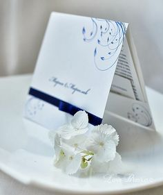 Stilish invitation with royal blue ornaments  LoveBlanket - http://imperatrizata.blogspot.com/