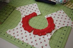 How to sew a collar.